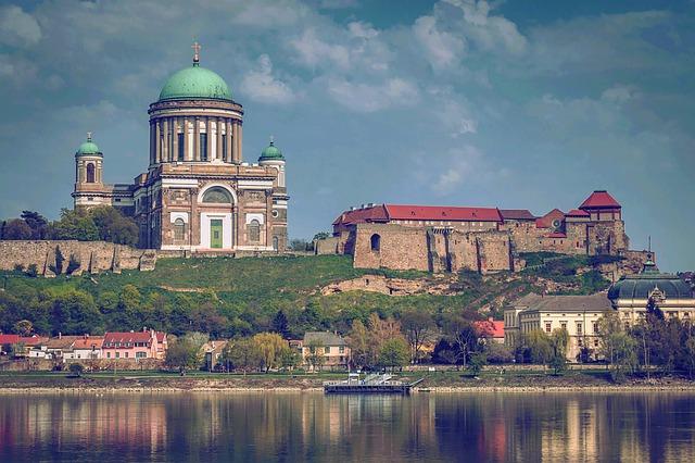 Ostřihomská bazilika v Maďarsku